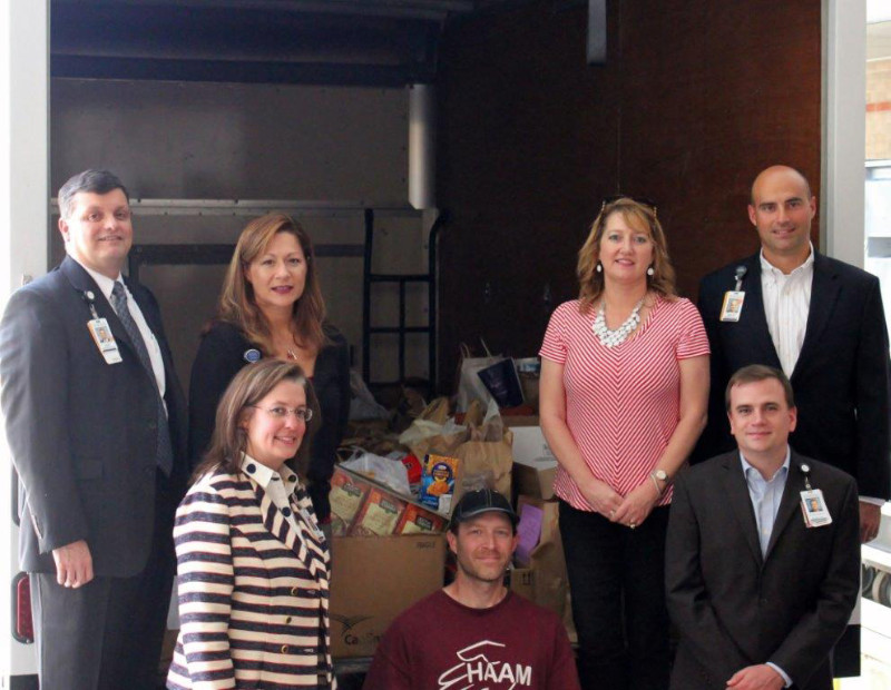 Memorial Hermann Northeast Employees Donate Food and Cash to Hel